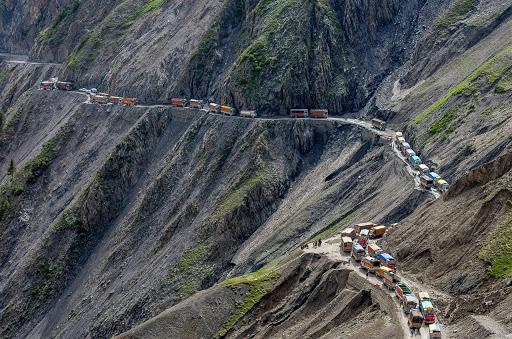 самые опасные дорогие в мире Индия